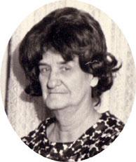 Mae White - Bilder, News, Infos aus dem Web